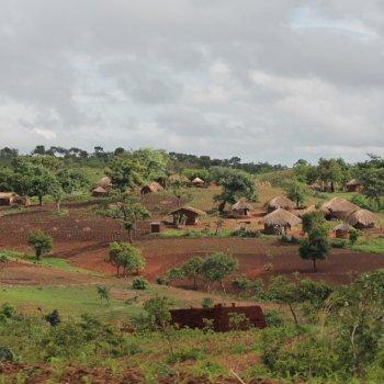 KlimaInvest Bild C_Dorf in Malawi_zugeschnitten